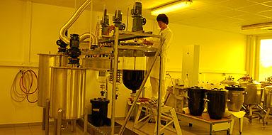 Produktion 300 Liter-Resistcharge