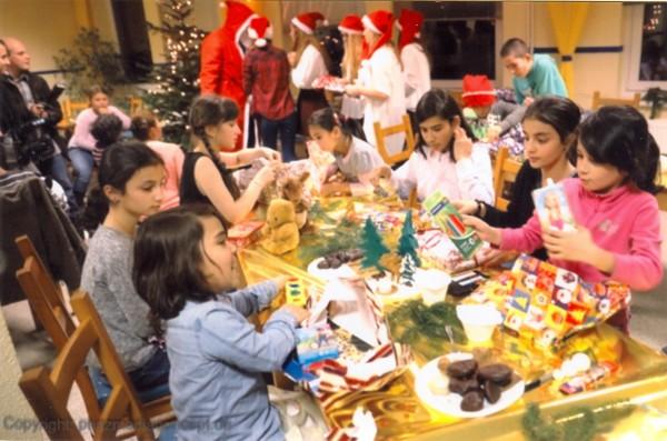Fluechtlingskinder-Weihnachten2015-1